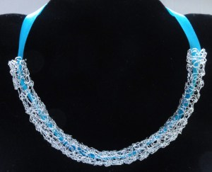 wire tubular necklace 3